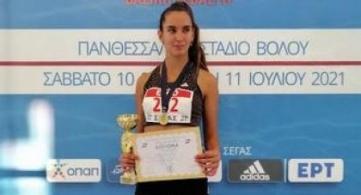 Πανελληνιονίκης η Καρβουνά στα 400μ. με εμπόδια!