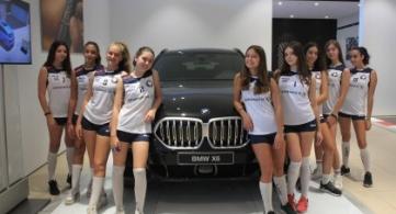 Ευχαριστεί την BMW Σφακιανάκης!